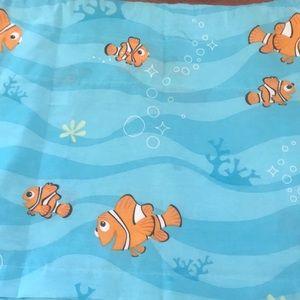 Disney's Finding Nemo Window Valance